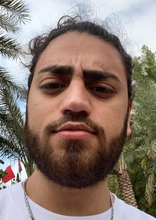 Ali Gatie sharing his selfie in April 2020