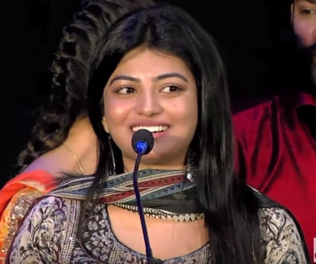 Anandhi pictured at the 'Mannar Vagaiyara' audio launch in January 2018