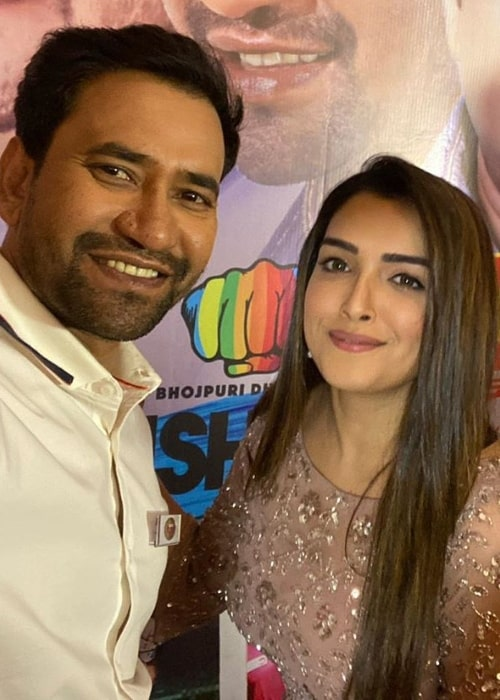 Dinesh Lal Yadav as seen while taking a selfie along with Amrapali Dubey in January 2020