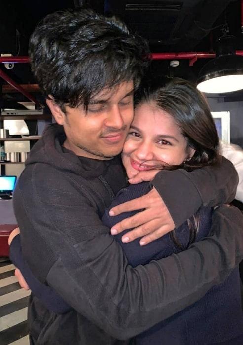 Hetal Gada pictured while hugging her friend Santosh Mishra in March 2020