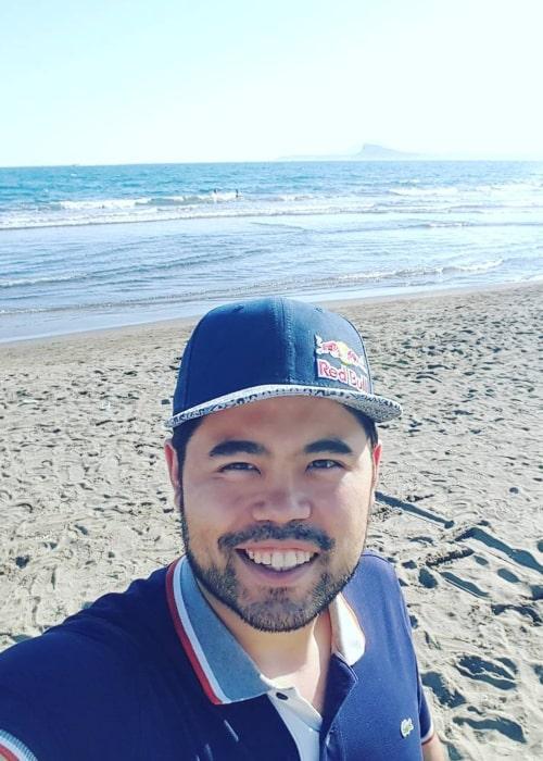 Hikaru Nakamura in an Instagram selfie from May 2016
