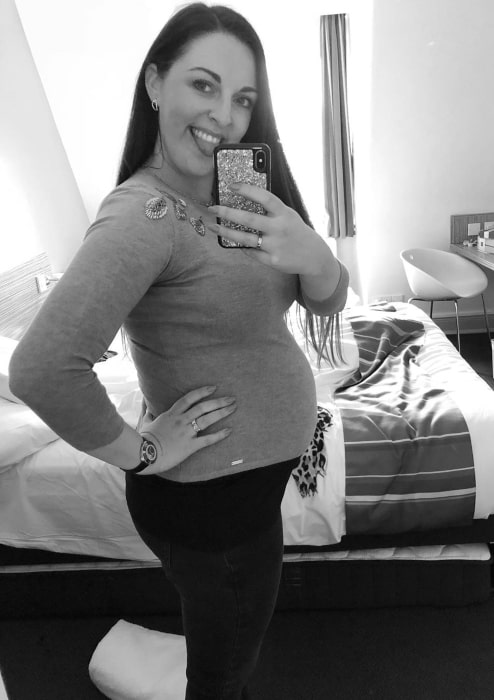 Jenna McCorkell showing off her baby bump in May 2019