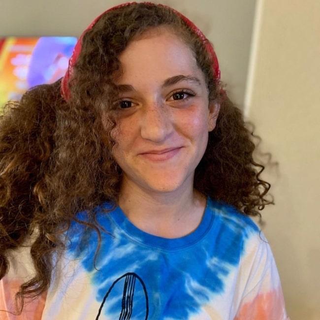 Julia CraftyGirls as seen in a picture that was taken in July 2020