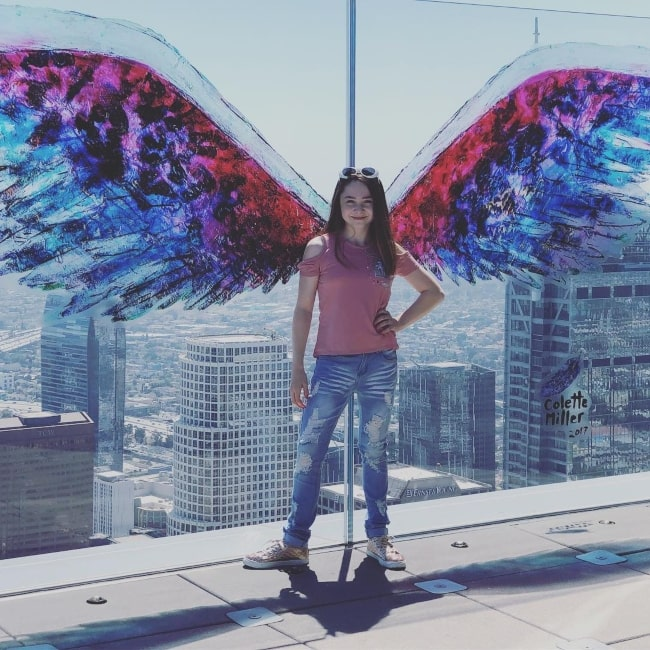 Kitana Turnbull enjoying herself at OUE Skyspace LA in June 2018