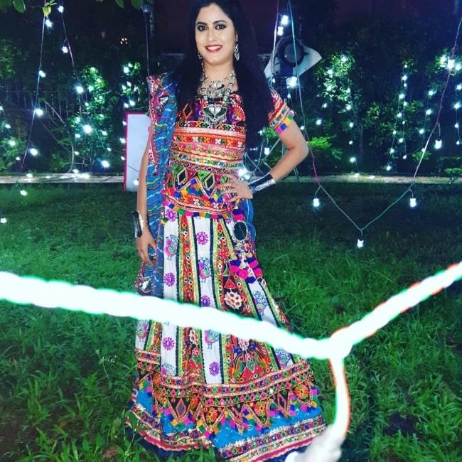 Monika Bhadoriya smiling for a picture while shooting for 'Taarak Mehta Ka Ooltah Chashmah' in October 2019