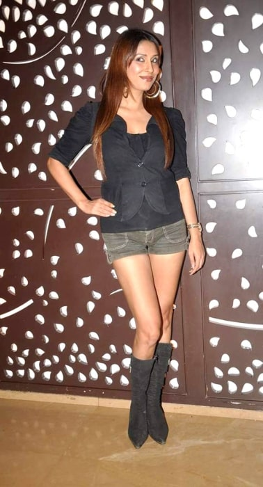 Pooja Misrra as seen while posing for the camera at the Comedy Circus 300 episodes bash in May 2012