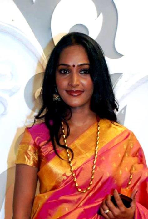 Rajshree Thakur pictured at Zee Rishtey Awards 2010