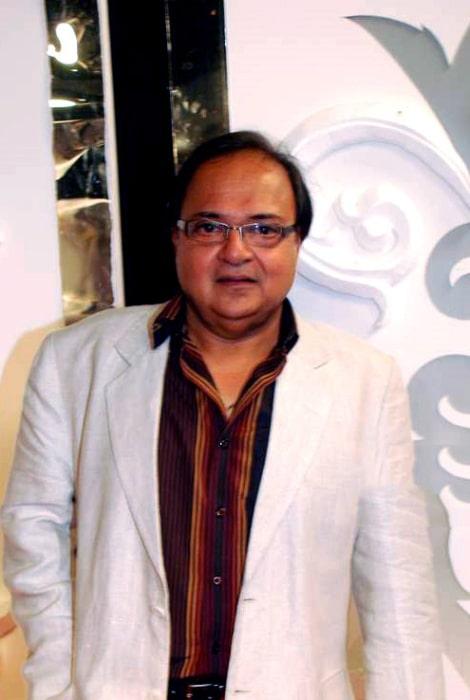 Rakesh Bedi as seen at Zee Rishtey Awards 2010