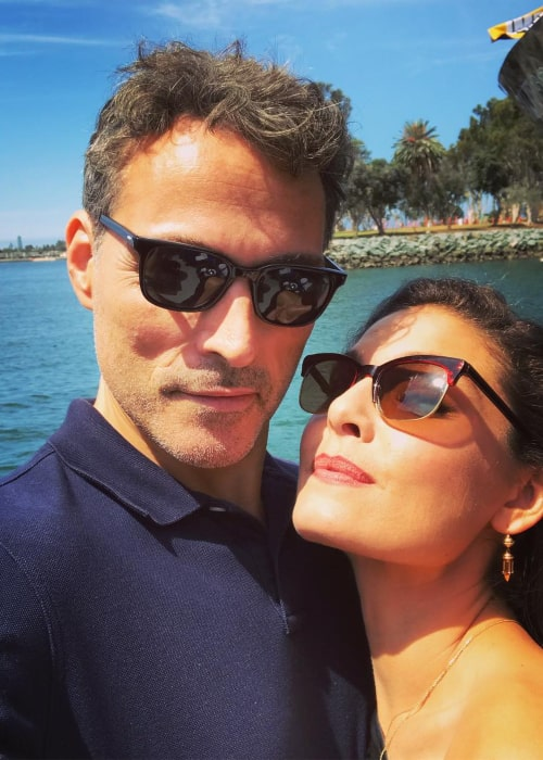 Rufus Sewell with actress Alexa Davalos, in an Instagram selfie from July 2018