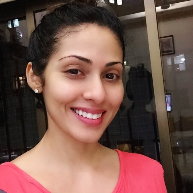 Sadha as seen while smiling in a selfie in January 2019