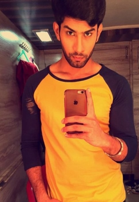 Sahil Uppal sharing his early-morning selfie in May 2015