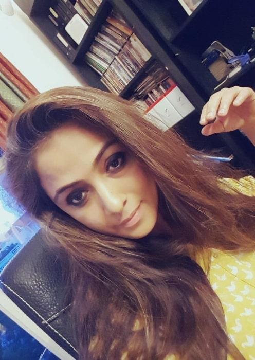 Simran sharing her selfie in February 2020