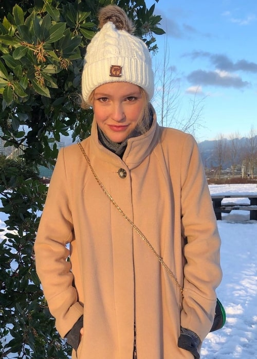 Talitha Bateman as seen while enjoying the snow in January 2020