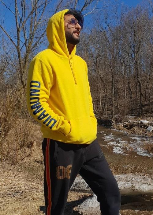 Bilal Saeed posing for the camera at Mississauga, Ontario, Canada