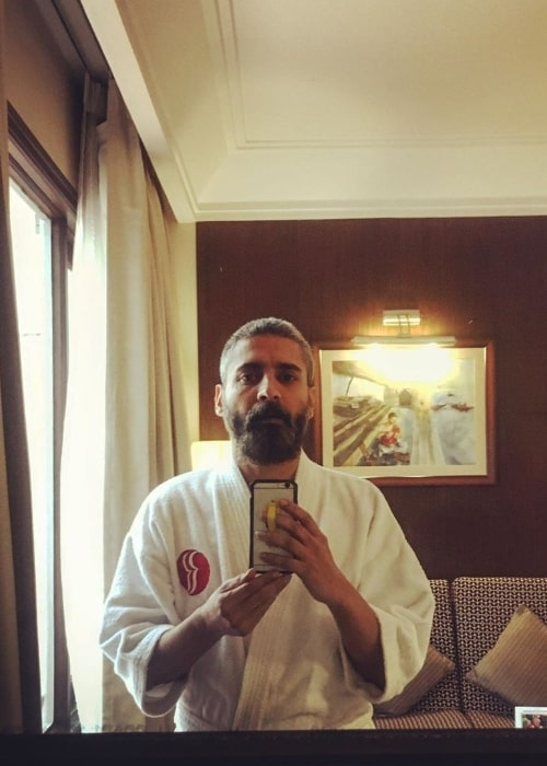 Chandan Roy Sanyal as seen while clicking a mirror selfie in July 2020