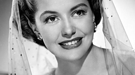 Cyd Charisse Height, Weight, Age, Body Statistics