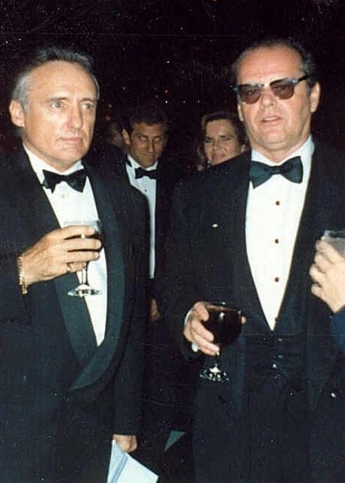 Dennis Hopper (Left) alongside his friend and 'Easy Rider' co-star Jack Nicholson at the 62nd Academy Awards