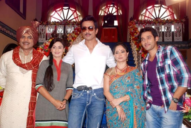 From Left to Right - Rituraj Singh, Rati Pandey, Sonu Sood, Sheeba Chaddha, and Sumit Vats on the sets of 'Hitler Didi' during the promotion of the film 'Maximum' in July 2012