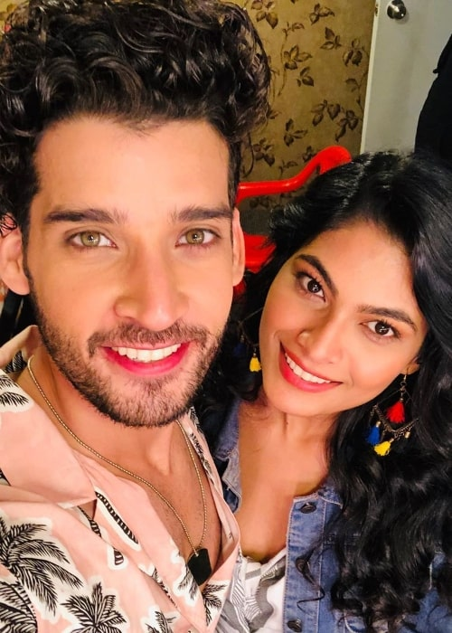 Gautam Vig as seen while smiling in a selfie alongside Lopamudra Raut in February 2020