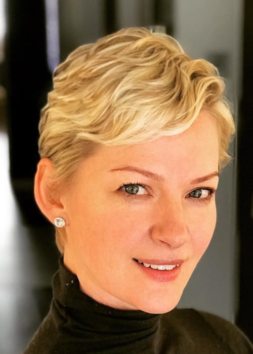 Gretchen Mol in an Instagram selfie from January 2018
