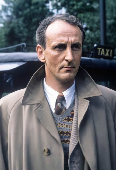 Hugh Fraser in the past