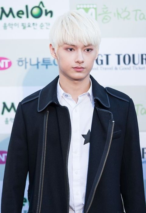 Jun as seen on the red carpet of the Gaon Chart K-pop Awards in 2016
