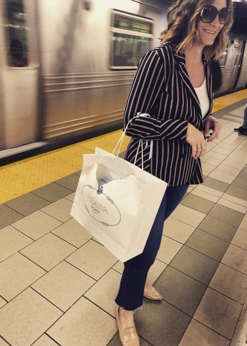 Lisa Dolan as seen in a picture that was taken in the subway in May 2019