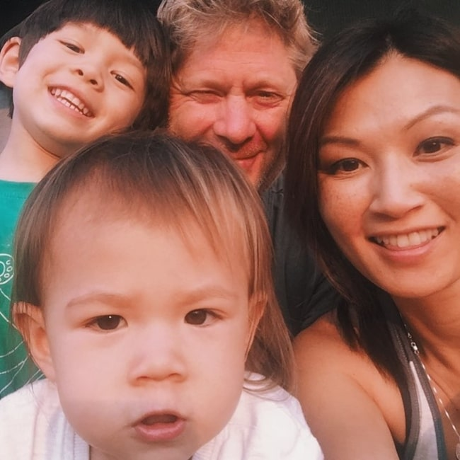 Michelle Krusiec as seen in a selfie that was taken with her 2 children and husband in August 2018
