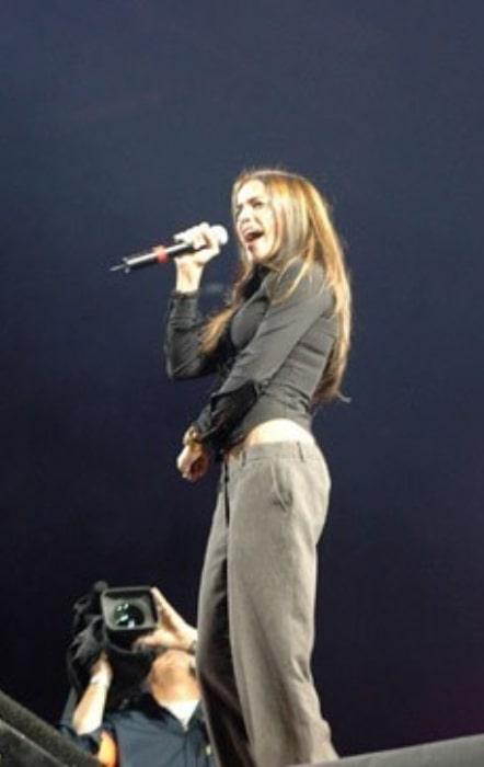 Nâdiya as seen while performing in 2009