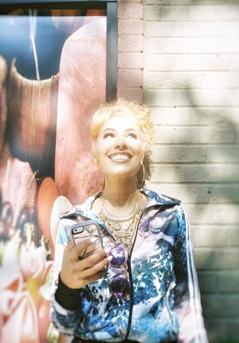 Nikki Jean wishing for coffee in May 2018