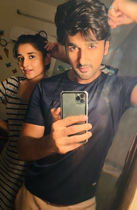 Nishant Singh Malkani as seen while clicking a mirror selfie with Kanika Mann in July 2020