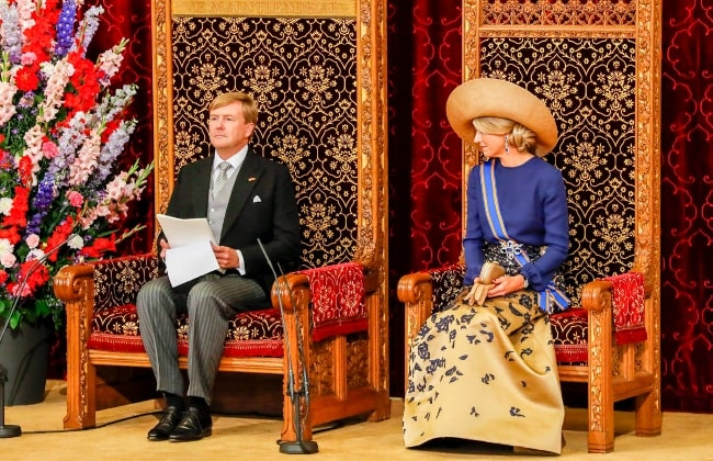 Queen Máxima of the Netherlands at the side of Willem-Alexander as he reads the speech from the throne on Prince's Day in September 2016