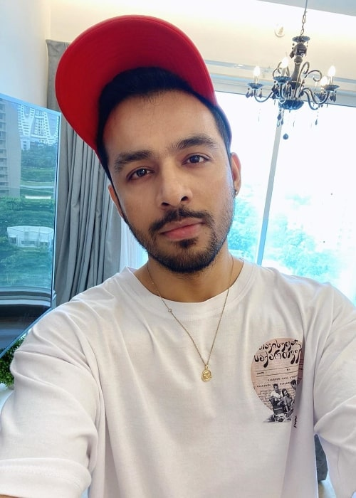 Tony Kakkar as seen while taking a selfie in June 2020