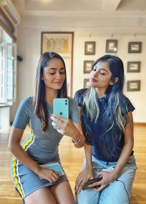 Tridha Choudhury as seen while taking a mirror selfie alongside Anusha Viswanathan in September 2020