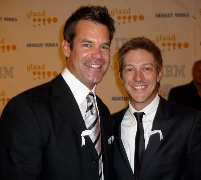 Tuc Watkins (Left) and Kevin Rahm smiling for the camera at the 2009 GLAAD Media Awards in Los Angeles on April 18, 2009