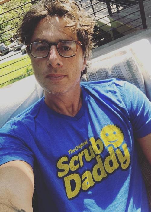 Zach Braff in an Instagram selfie from May 2020