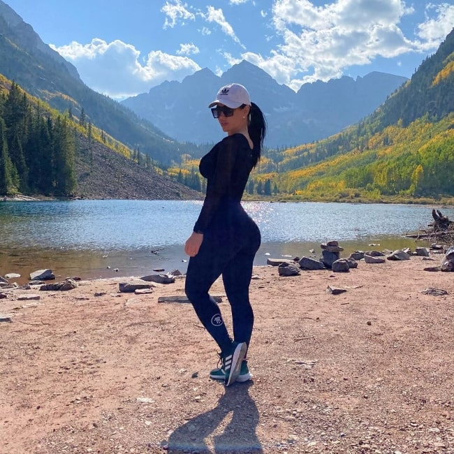 Carmen Ortega as seen while posing for a picture with a beautiful backdrop at Maroon Lake, Maroon Bells in Colorado in September 2020