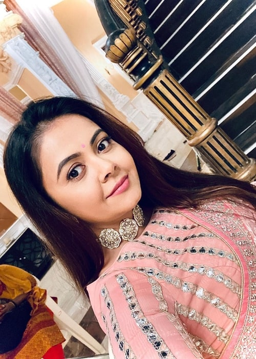 Devoleena Bhattacharjee as seen while taking a selfie in August 2020