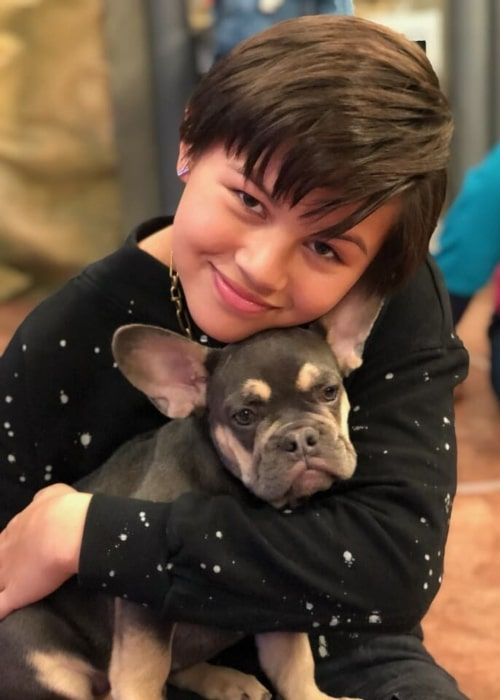 Havan Flores as seen in a picture that was taken with a puppy in September 2020