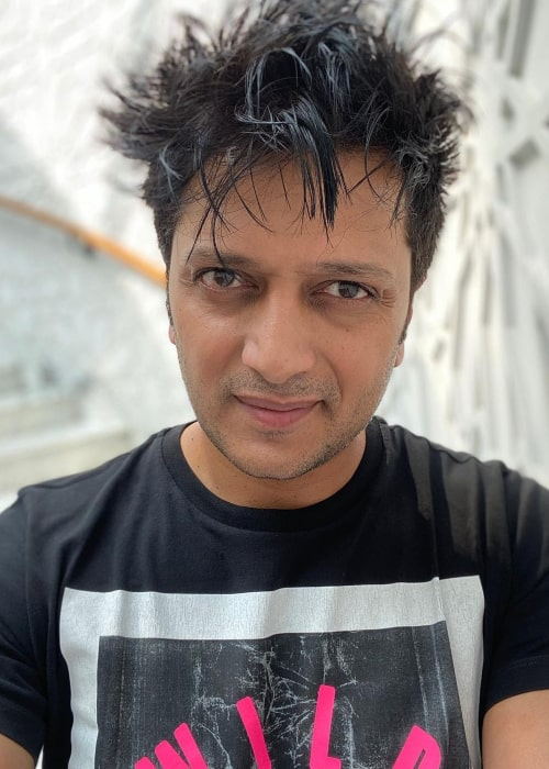 Riteish Deshmukh in an Instagram selfie from October 2019