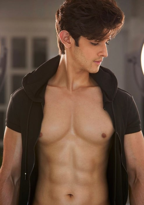 Rohan Mehra wishing everyone a good morning in September 2020