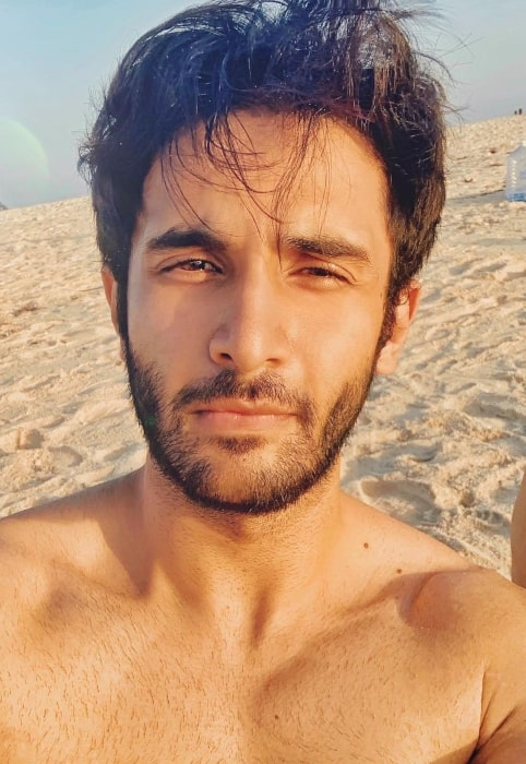 Rohan Vinod Mehra enjoying himself on the beach in the past