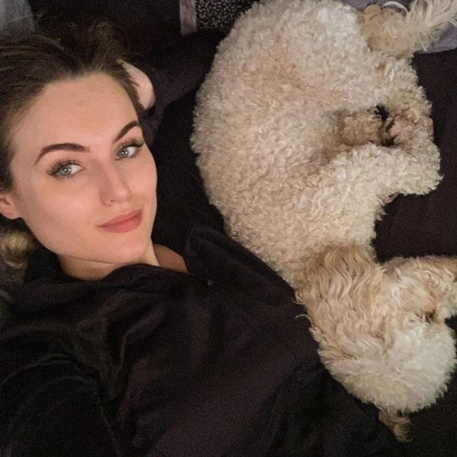 Shauna Louise as seen in a selfie that was taken in September 2020