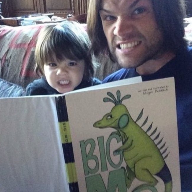 Thomas Colton Padalecki as seen in a picture with his dad Jared Padalecki while reading in a book