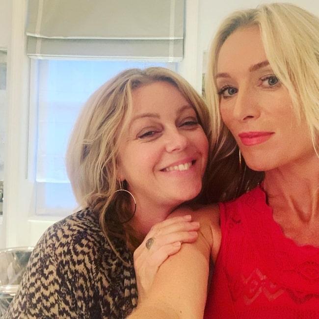 Victoria Smurfit taking a selfie with Wendy Snowdon in October 2019