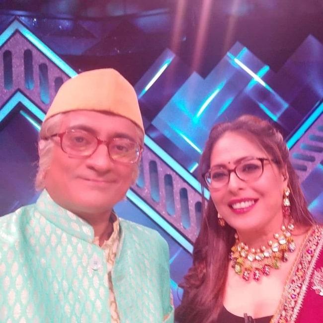 Amit Bhatt as seen while taking a selfie along with Geeta Kapoor in Mumbai, Maharashtra in November 2020