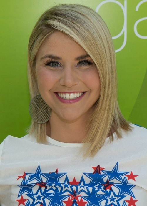 Beatrice Egli as seen while smiling for the camera in May 2018
