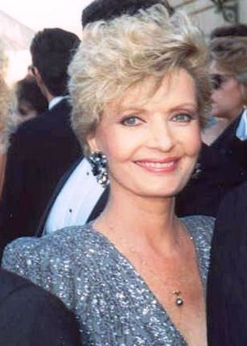 Florence Henderson smiling for the camera at 1989 Emmy Awards