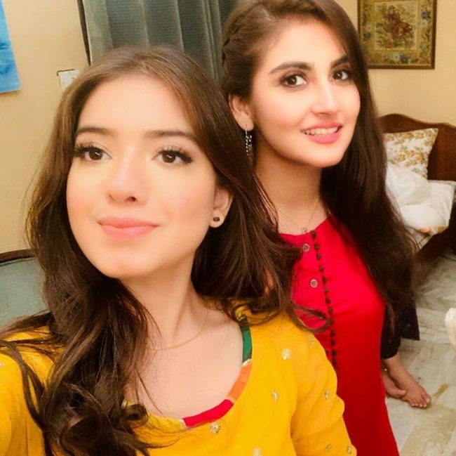 Hiba Bukhari (Right) smiling in a selfie alongside Arisha Razi Khan in August 2019