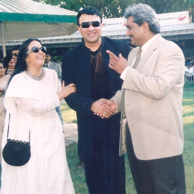 Ila Arun with Anu Malik (Center) and Shashi Gopal at the races sponsored by Magnasound